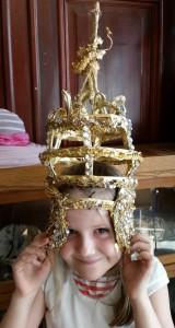 Louise med krona